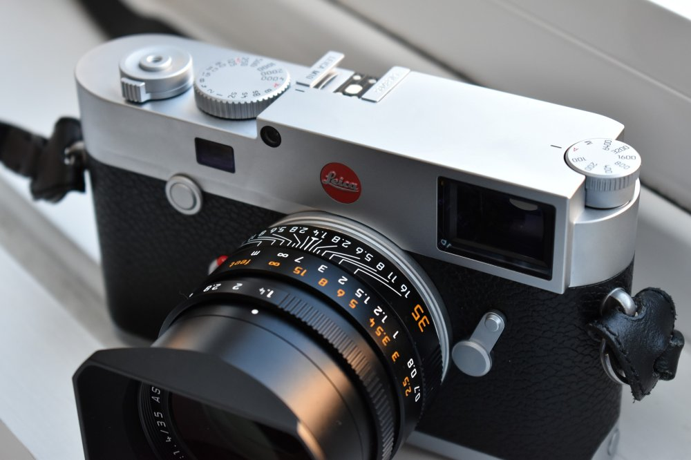 Leica M10 Digital Camera: The $7,000 Explanation