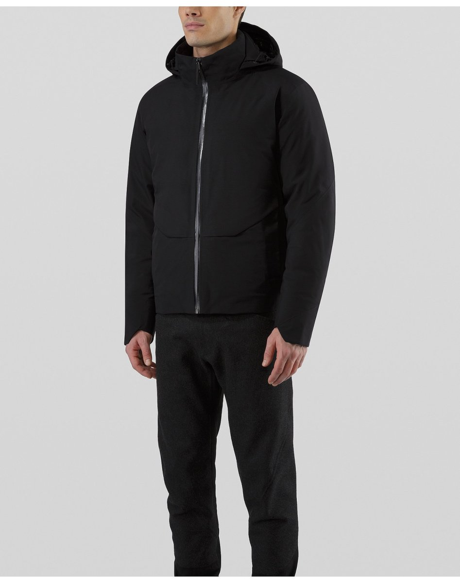 The Arc'Teryx Veilance Node Brings Outdoor Engineering to City Style
