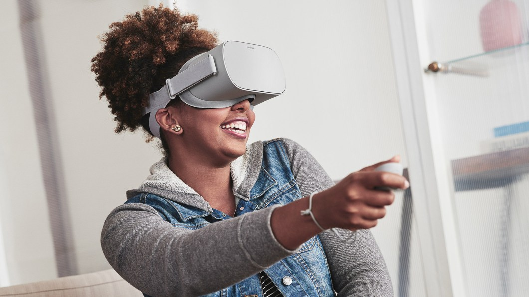 The Oculus Go Is An All-in-One VR Headset