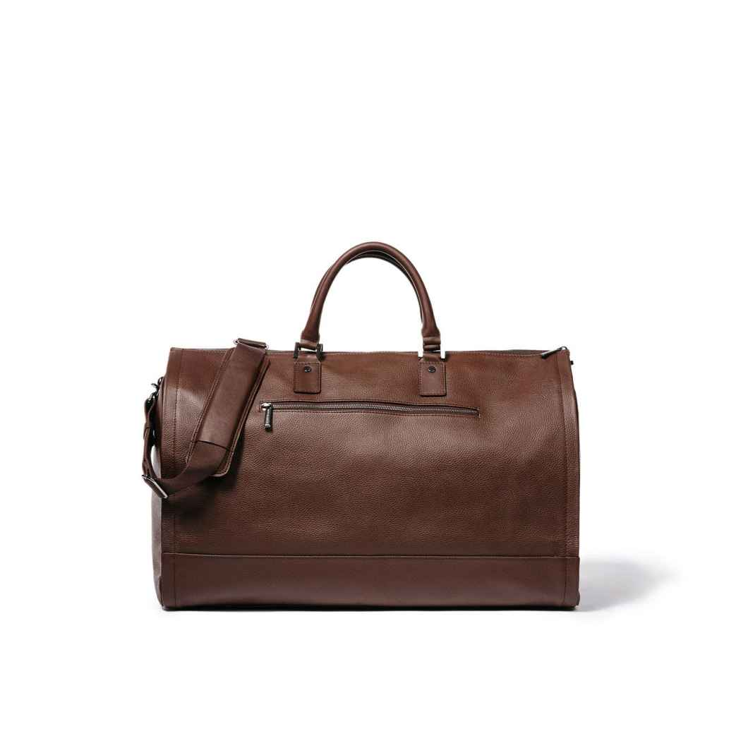 Hook and Albert Leather Garment Weekender: The Perfect Travel Bag