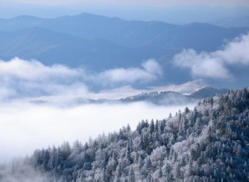 smoky mountains winter hiking