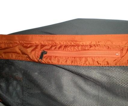 Oracle Interior Zip Pocket