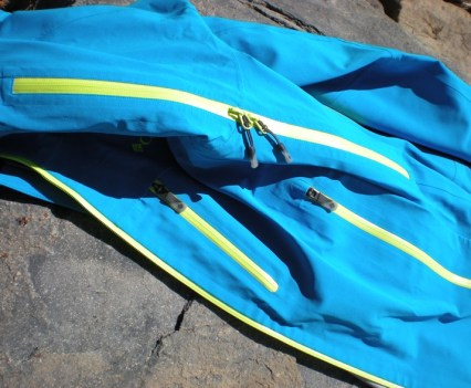 Deep Ghyll Pit Zips and Pockets