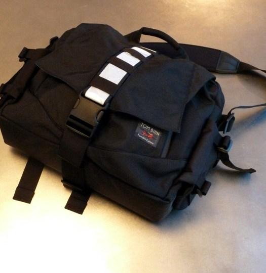 Tom Bihn Ego Messenger Bag