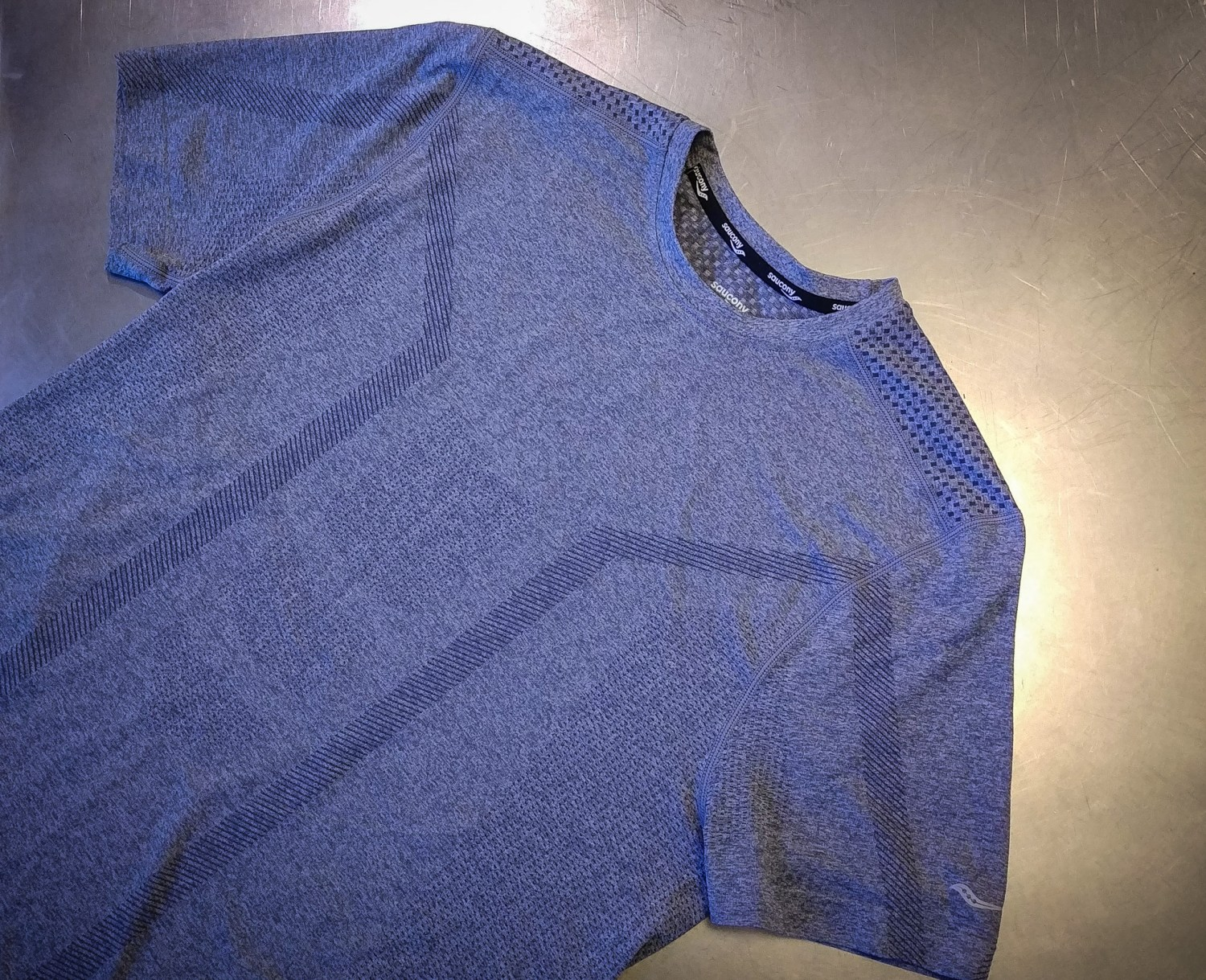Saucony Seamless Body Mapped T-shirt
