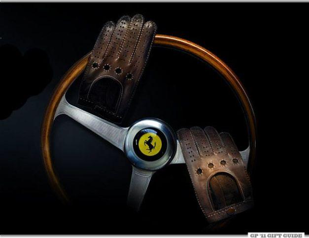 https://i1.wp.com/gearpatrol.com/wp-content/uploads/2011/12/Fratelli-Orsini-Driving-Gloves-Gear-Patrol.jpg?w=627