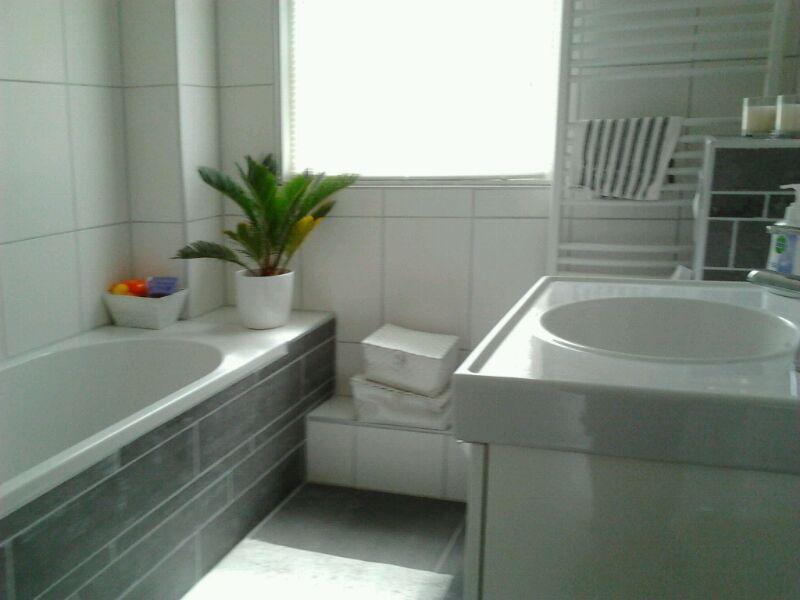 Kosten Badkamer Opknappen : Renovatie van een badkamer in de maten in apeldoorn