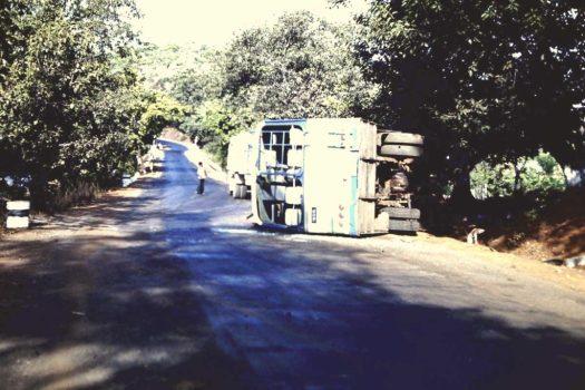 Busunglück, Indien (c)1983 Corinne I. Heitz
