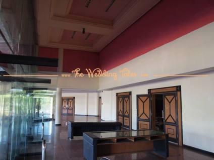 lobby caption by team www.theweddingtales.com