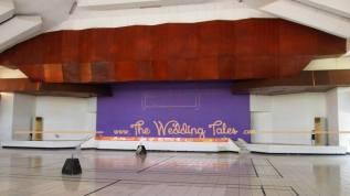 panggung permanen Gedung UBHARA - Gedung pernikahan Surabaya