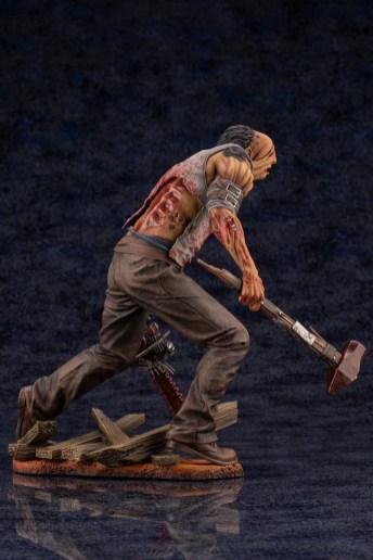 dead-by-daylight-le-montagnard-the-hillbilly-statuette-6