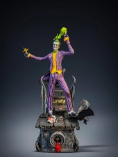 silver-fox-collectibles-statuette-joker-4