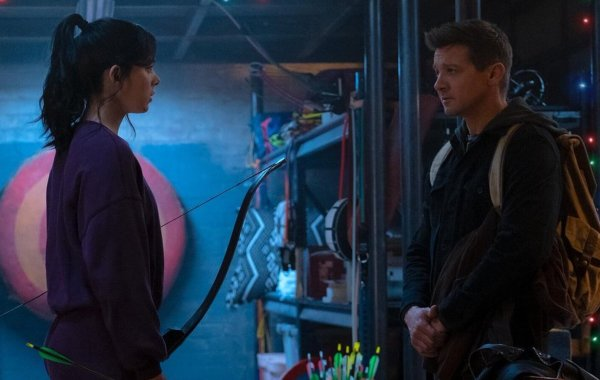 HAWKEYE Gets a First Look Image and Premiere Date
