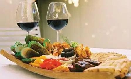 kako-izabrat-pravo-vino-uz-odreeno-jelo