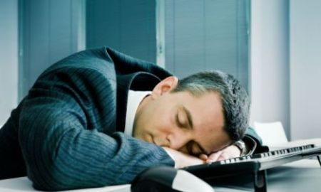 kako-spavati-na-poslu