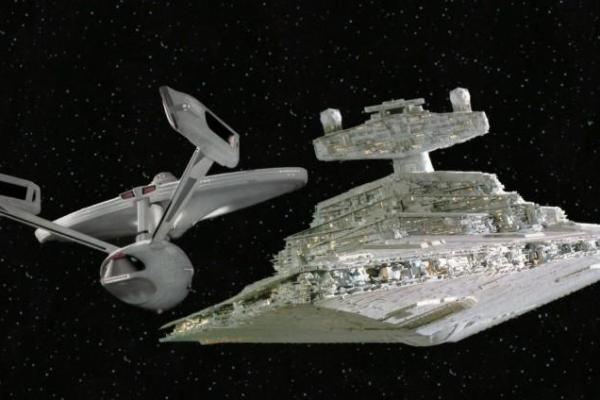 The Carbonite Maneuver, Star Wars incontra Star Trek