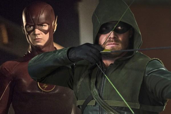 The Flash e Arrow si incontrano nuovamente, ecco la prima foto ufficiale