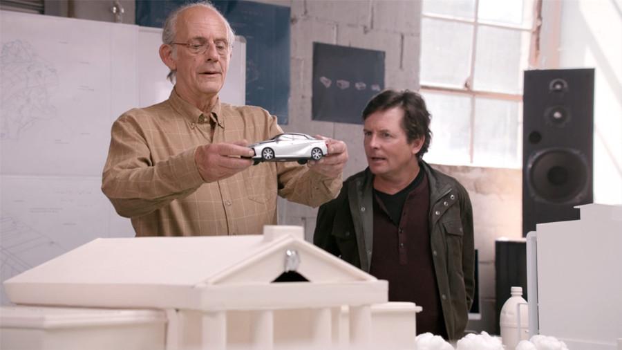 Ritorno al Futuro: lo spot di Toyota con Christopher Lloyd e Michael J. Fox