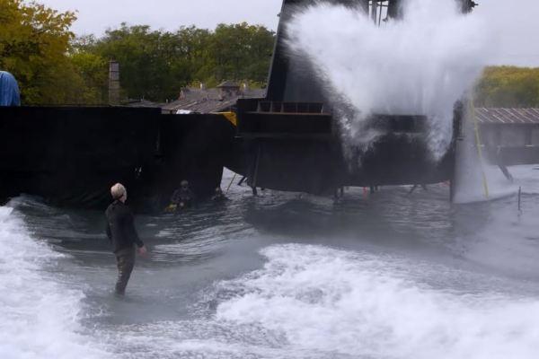 Le onde di Blade Runner 2049 nella seconda vasca più grande d'Europa