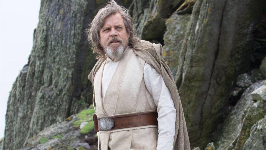 Star Wars: Gli ultimi Jedi, il primo assaggio della scena tagliata di Rey su Ahch-To