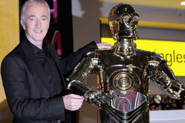 Star Wars: Anthony Daniels ha finito le riprese di Episodio IX