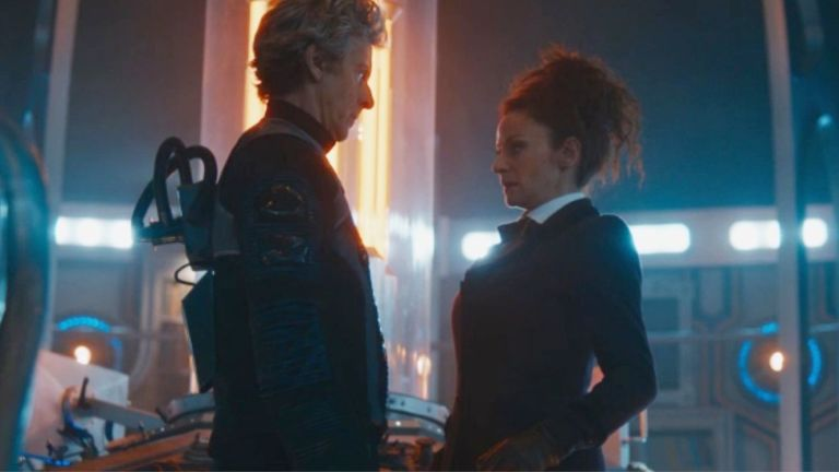 Tired of me posting intimate two-shots of the Doctor and Missy? DON'T CARE. LOVE THEM.