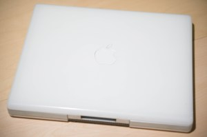Overview of the iBook G3's top lid