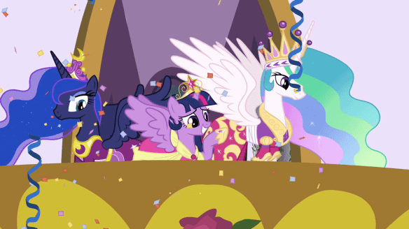 Twilight_waving_to_the_ponies_S03E13