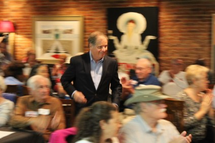 Doug Jones In Anniston (9)