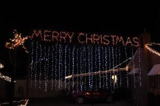 Gilley's Christmas Lights '17 (22)