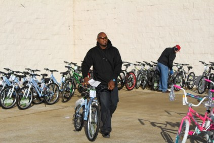 Kiwanis & Martin's Bicycle Giveaway (78)