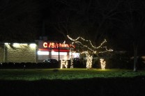 Quintard Avenue Christmas Lights 2019 (14)