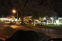 Quintard Avenue Christmas Lights 2019 (18)