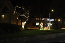 Quintard Avenue Christmas Lights 2019 (24)
