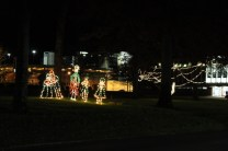 Quintard Avenue Christmas Lights 2019 (29)