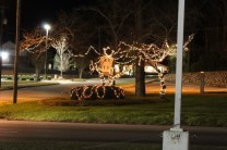 Quintard Avenue Christmas Lights 2019 (47)