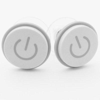 """Boucles d'oreilles fait du bouton """"power"""" d'un macbook"""