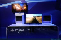 E2013_sony_booth_63
