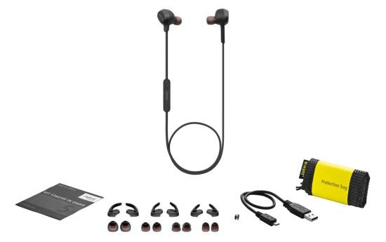 Les ROX sont fournis avec trois tailles d'embouts et d'ailes de soutien, un câble de chargement USB et une pochette de transport