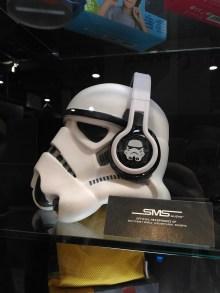 storm_trooper_headphones