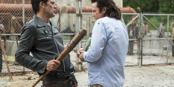 Negan (Jeffrey Dean Morgan), Dr. Eugene Porter (Josh McDermitt) - The Walking Dead Saison 7 Épisode 11 - Photo : Gene Page/AMC
