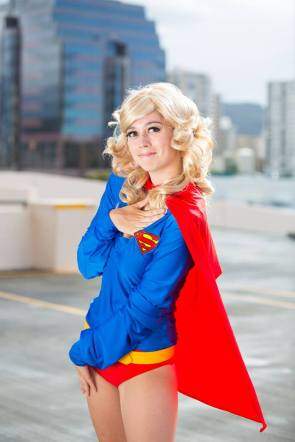 supergirl-cosplay-7