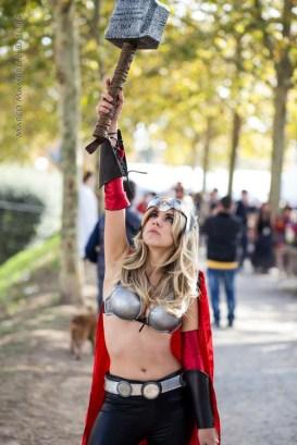 thors-goddess-of-thunder-cosplay-17