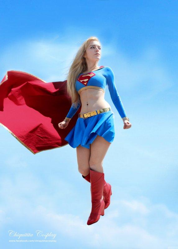 supergirl-cosplay-24