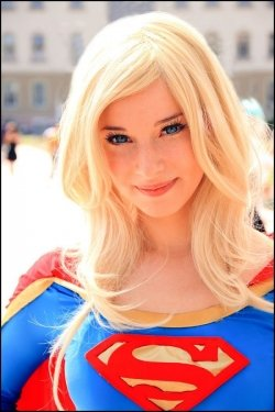 supergirl-cosplay-32