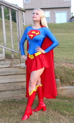 supergirl-cosplay-8