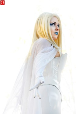 Emma Frost Cosplay 33