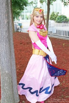 Princess Zelda Cosplay 23