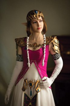 Princess Zelda Cosplay 30