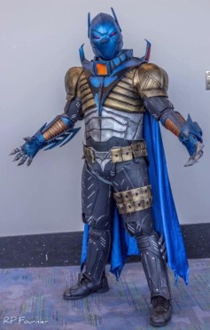 C2E2 2017 Cosplay - Batman 2